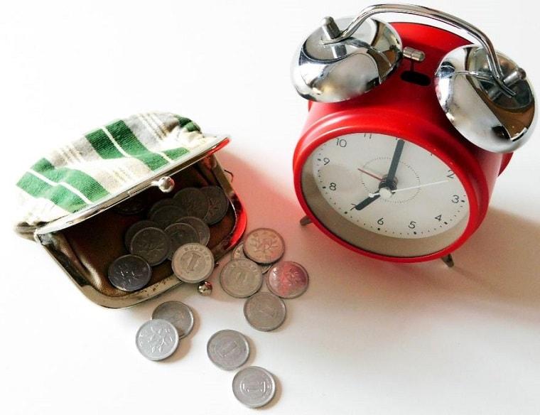 お金は時間と等価